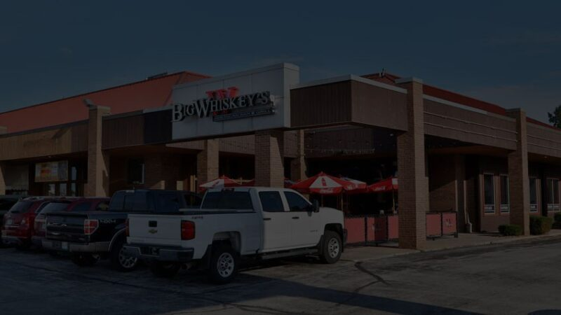 For restaurants in Jefferson City MO, come to Big Whiskey's.