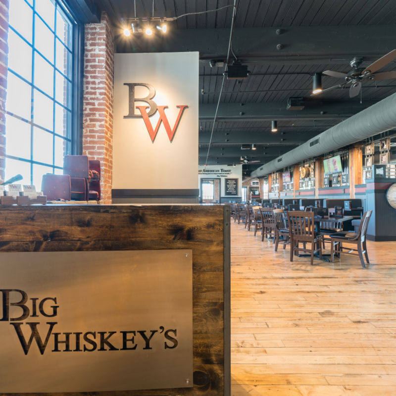 Big Whiskeys American Restaurant and Bar Jefferson City Interior